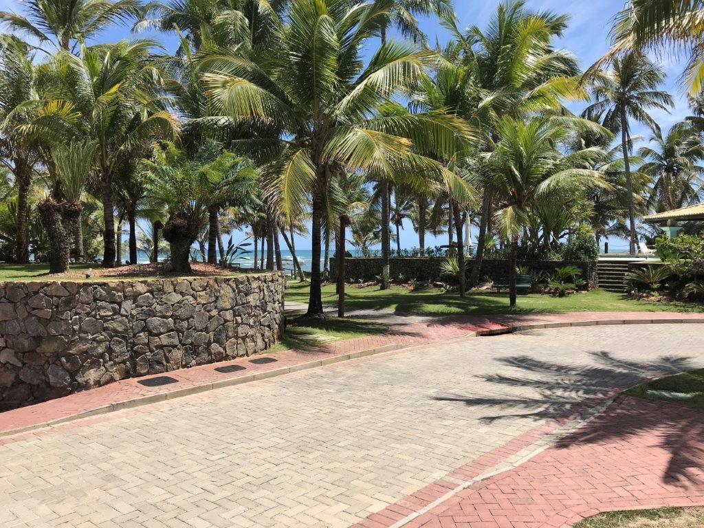 Aplicação do Piso BERNINI Street no Condomínio Porto Busca Vida Resort – Lauro de Freitas – BA