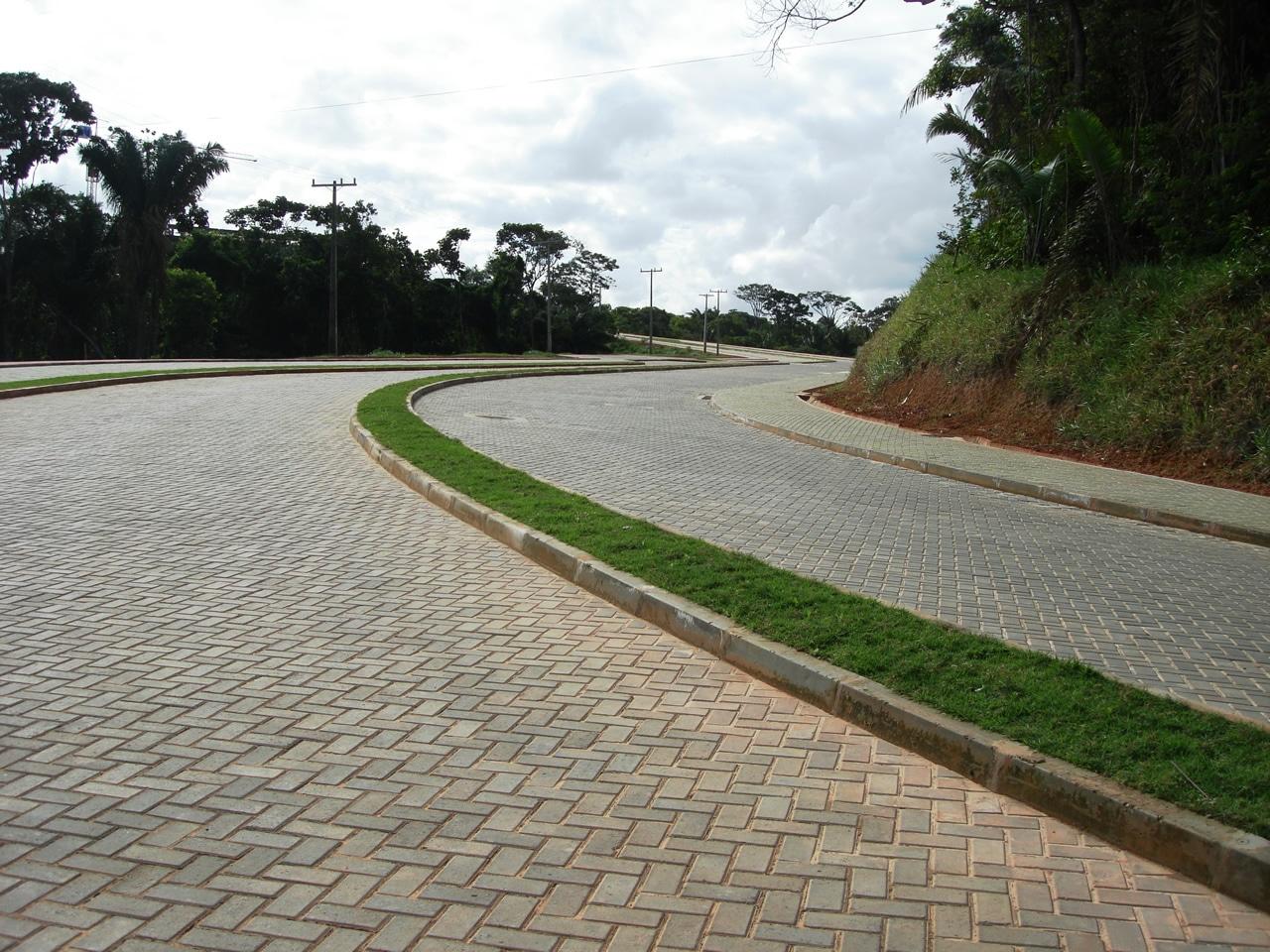 Piso BERNINI Street aplicado na obra do Parque Tecnológico da Bahia.